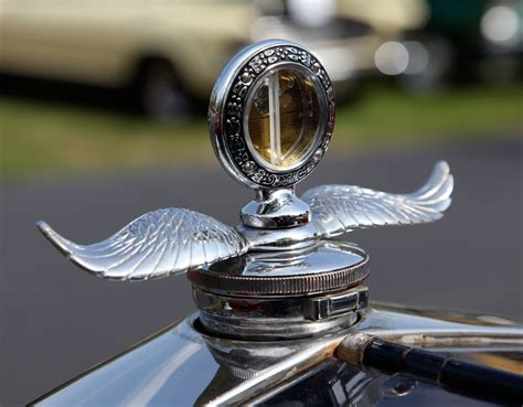 Ford related hood ornaments | Cartype