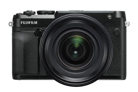 """The Fujifilm X-T200 Has a """"Digital Gimbal"""" Inside (And"""