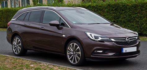 File:Opel Astra Sports Tourer 1