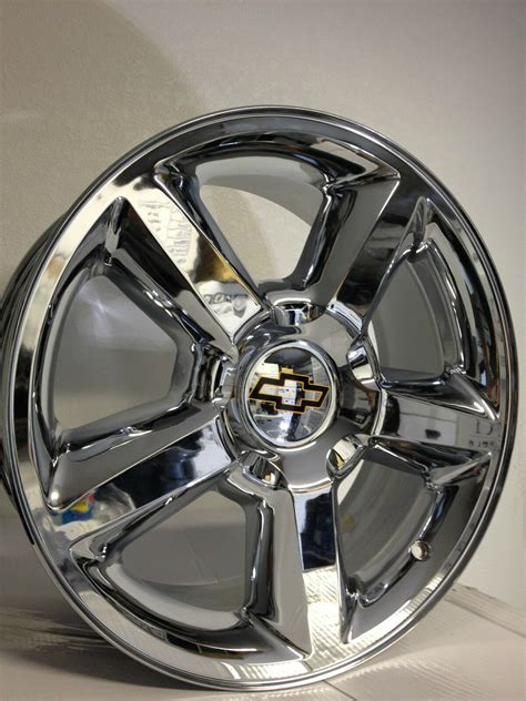 """Anyone with the OEM LTZ style 22-24"""" replica wheels?"""