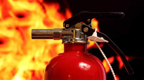 Fire Survival Tips   How To Properly Use A Fire Extinguisher