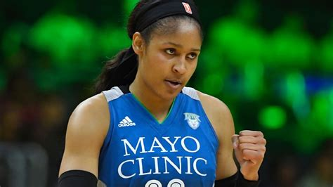 Maya Moore saves Minnesota Lynx's season, extends WNBA Finals