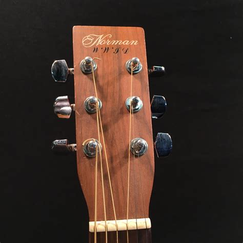 NORMAN MODEL B20-HG ACOUSTIC GUITAR, MADE IN CANADA