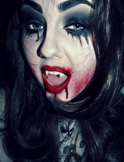 20 Vampire Halloween Makeup To Inspire You - Feed Inspiration