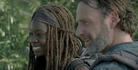 Rick and Michonne get romantic in 'The Walking Dead