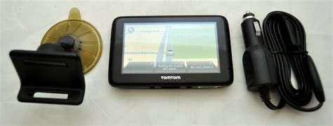 """NEW TomTom GO LIVE 2535M 5"""" LCD GPS USA/Canada/Mexico"""