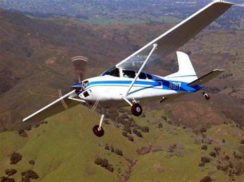 Cessna 180 In Flight | 01/30/05; my second air-to-air