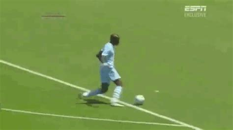 The 19 Most Embarrassing Football Fails Of All Time