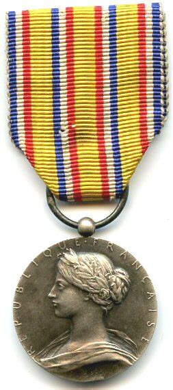Honour medal for firefighters - Wikipedia